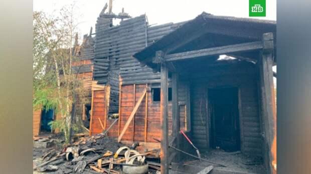 В Якутске потушили горящий дом, есть погибшие