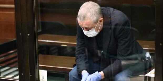 """Известные артисты попросили освободить """"хорошего человека"""" Ефремова"""