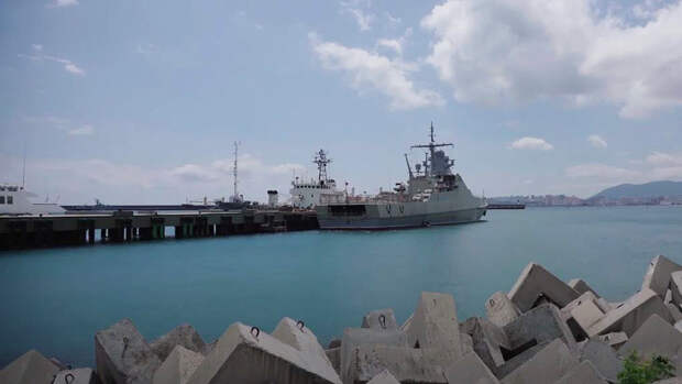 Появление корвета ВМФ РФ у берегов Одессы спровоцировало приступ паники на Украине
