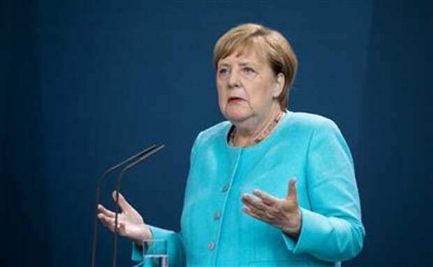 """Соглашение США и ФРГ по """"Северному потоку 2"""" не устраняет всех расхождений - Меркель"""