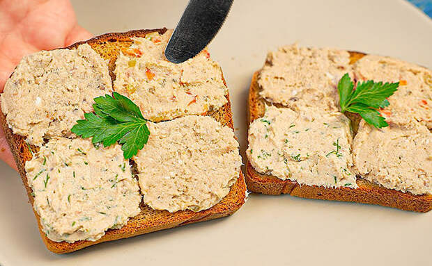 Делаем сразу 3 паштета из обычной скумбрии: намазка вкуснее масла подходит к любому хлебу