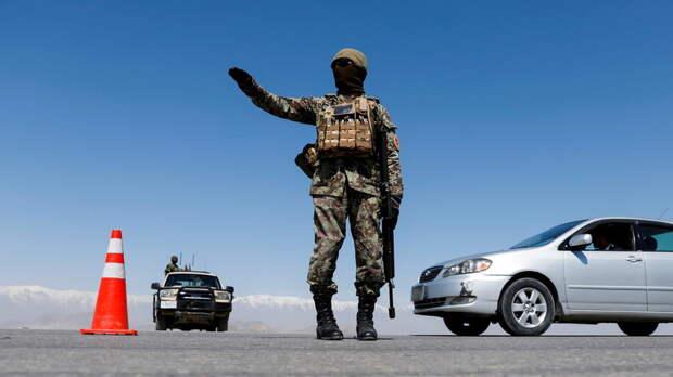 TOLO: при взрывах около школы в Кабуле погибли 63 человека