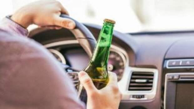 Пропавшего мужчину нашли пьяным за рулем