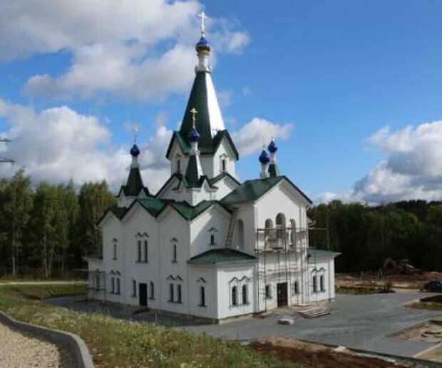 Храм Матроны Московской освятили в Нижнем Новгороде 6 мая