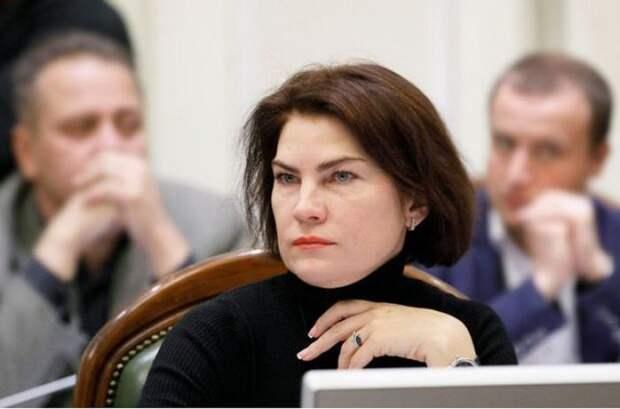 В Киеве пытаются уволить генпрокурора за приговор убийце-радикалу