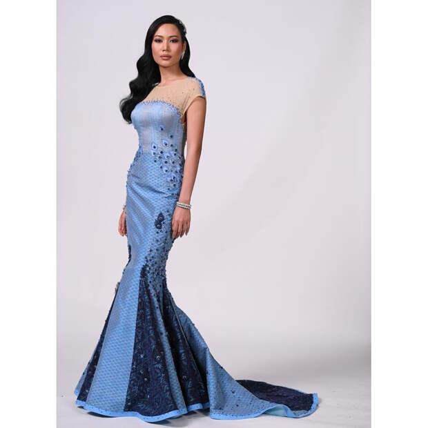 Image result for Критиковать платье, если оно изготовлено членами королевской семьи Таиланда