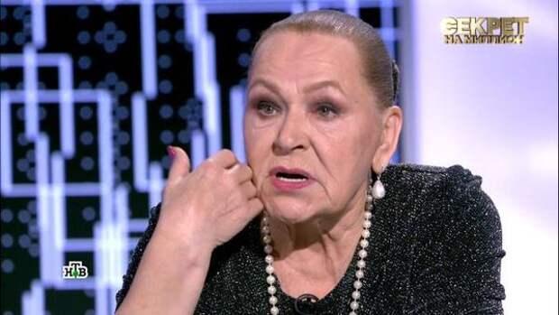 Знакомство с сестрой стало потрясением для Раисы Рязановой