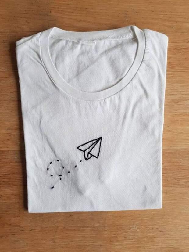 Одноцветные вышитые футболки - идеи