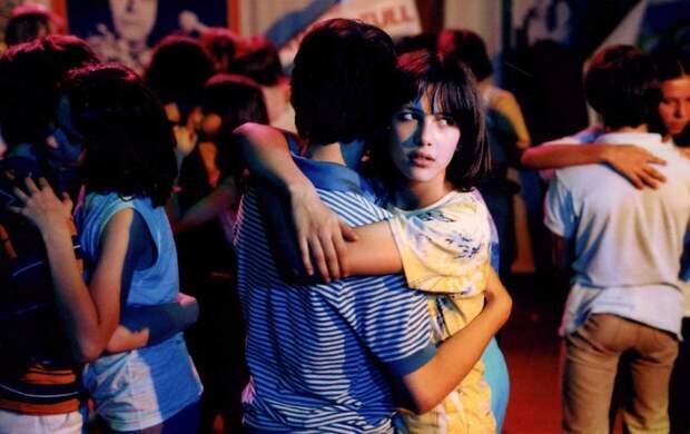 """Софи Марсо в романтической комедии """"Бум"""" 1980 года."""