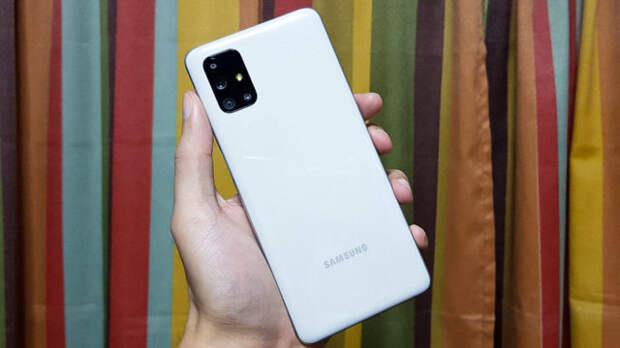 Десятка самых автономных смартфонов. Хит Samsung Galaxy, iPhone 12 и другие девайсы со зверским аккумулятором