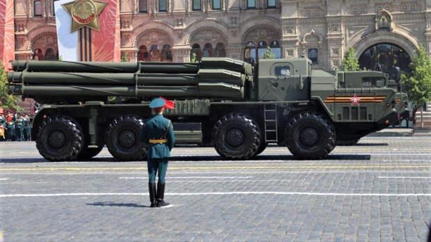 """Военный эксперт Сивков рассказал, как самонаводящиеся ракеты повысят потенциал """"Торнадо-С"""""""