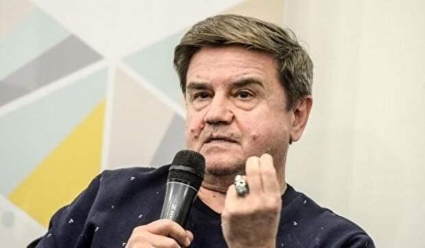 Украинский политолог Карасев шокировал нарядом телестудию в Москве (фото)