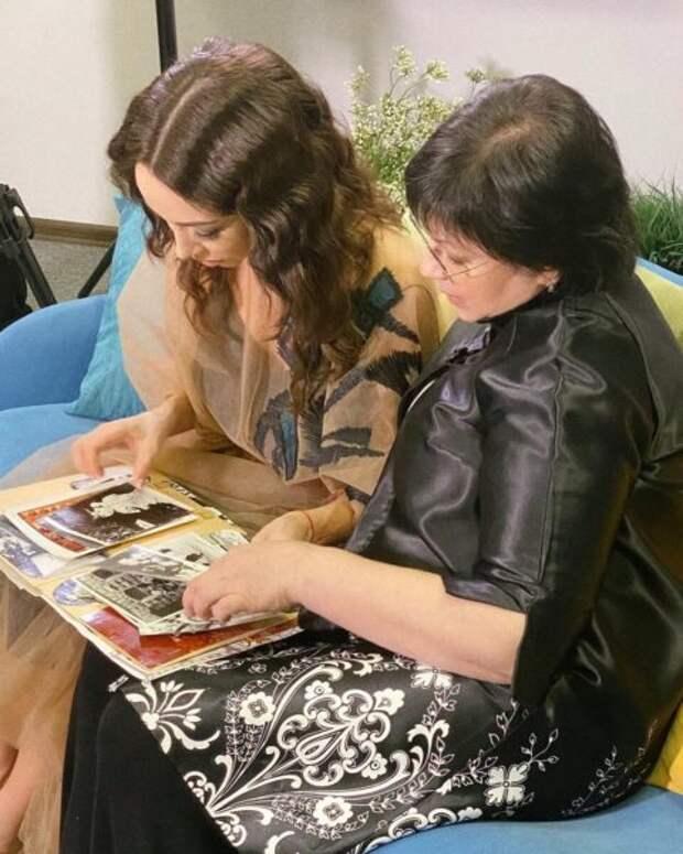 Екатерина Кухар показала свою маму