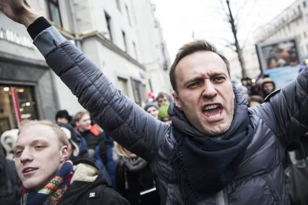 Навальнисты сидят в кутузке, а блогер продолжает врать о безнаказанности своих сторонников
