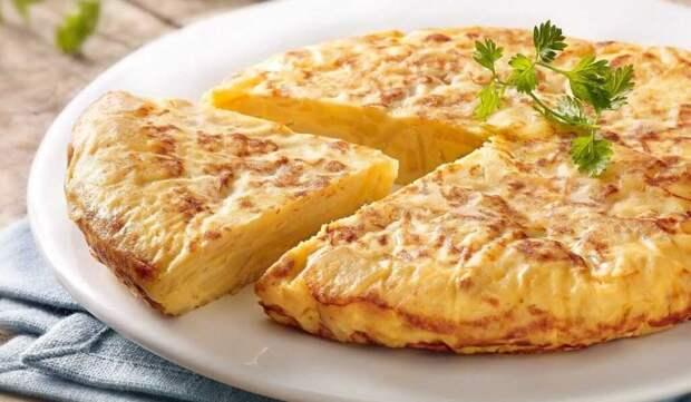 Картофельный омлет с сыром и шампиньонами: простой рецепт