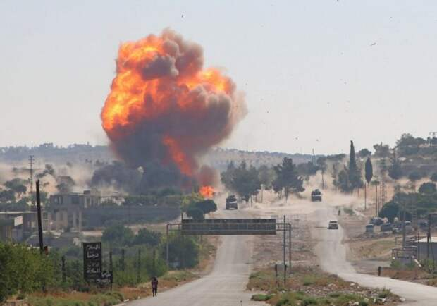 Армия Сирии нанесла удары по двум турецким военным базам