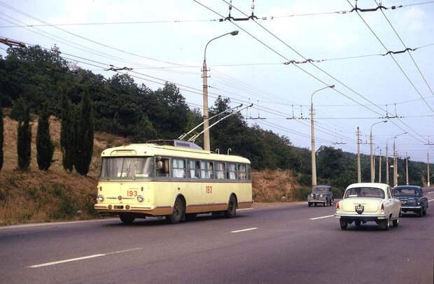 Путешествие натроллейбусе изСимферополя вЯлту в1973 году