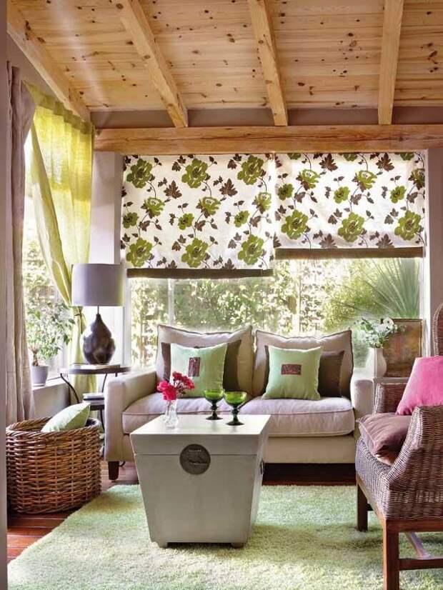 Интерьеры застекленной веранды - солнечные комнаты