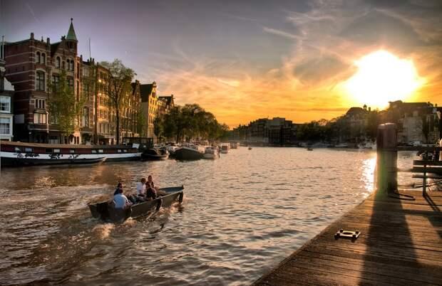 Amsterdam07 Амстердам в цифрах и фотографиях