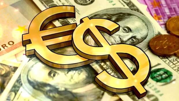 Инвестор Клопенко посоветовал вкладываться в евро и доллары