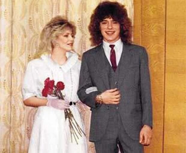 Звёздные пары, которые развелись сразу после свадьбы