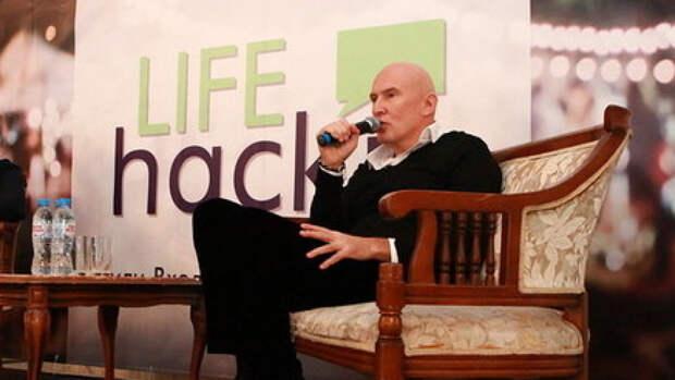 Композитор Игорь Матвиенко вместе с блогерами представил ремейк песни «Родина-мать»