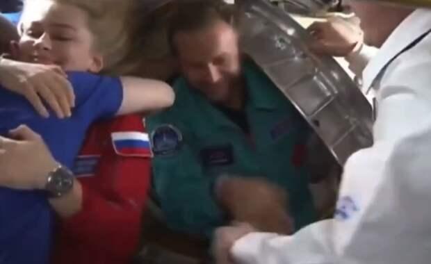 Видео прощания Пересильд и Шипенко с экипажем МКС появилось в Сети