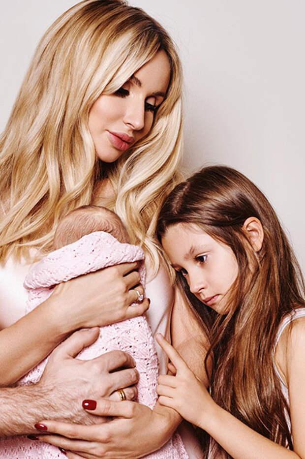 Светалана Лобода с дочерьми Тильдой и Евой