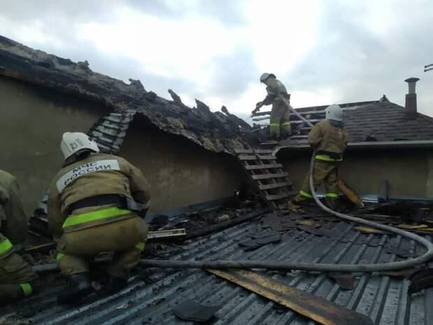 В Новом Свете сгорел трёхэтажный дом