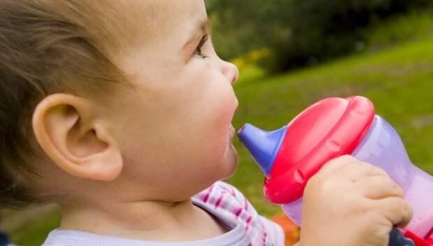 Ребенок часто болел, а когда родители узнали причину, то подняли на уши всю страну
