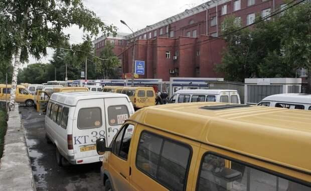 Три автобуса и маршрутка на ОбьГЭС будут ходить по-новому из-за ремонта теплотрассы