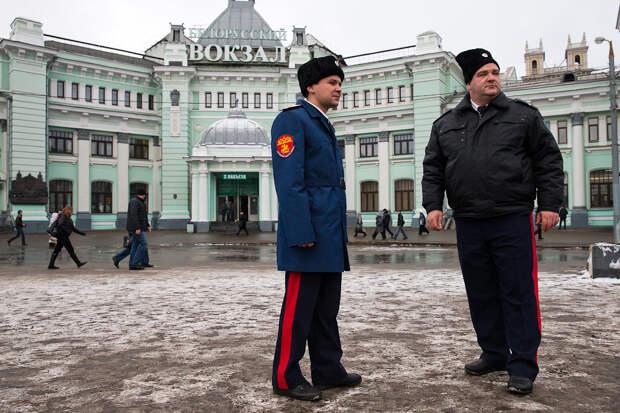 Что делать, если «казачий патруль» хочет проверить ваш паспорт на улице