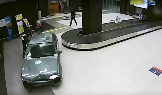 Суд арестовал водителя, устроившего ралли в аэропорту «Казань»