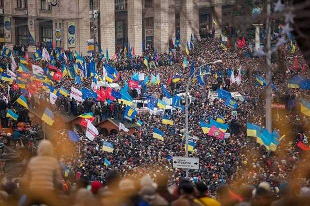 Терпение украинцев на исходе, - предупреждают киевские социологи