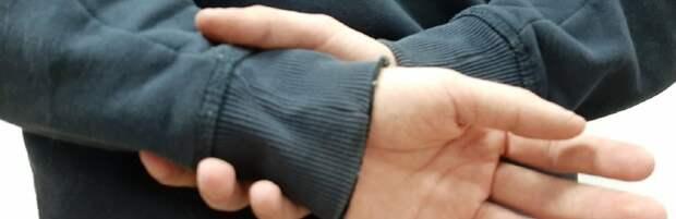 В Атырау злоумышленник ограбил 71-летнего пенсионера. Видео