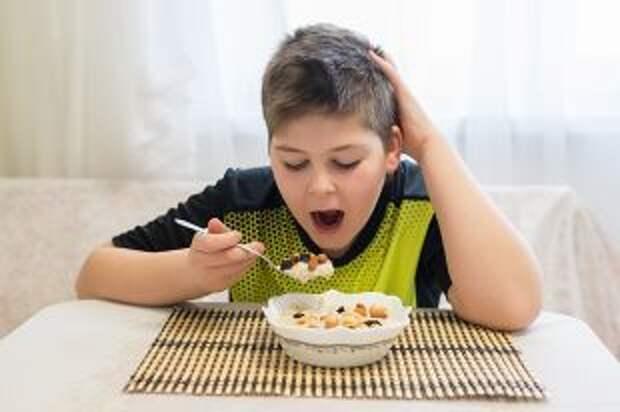 Какой завтрак для школьника самый полезный?
