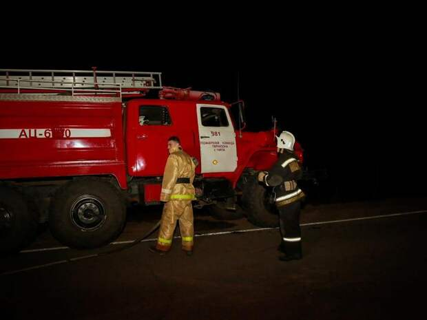 Баллон с газом чуть не взорвался из-за пожара в Краснокаменске