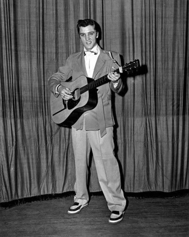 Музыкант в Мемфисе, 1955 год.