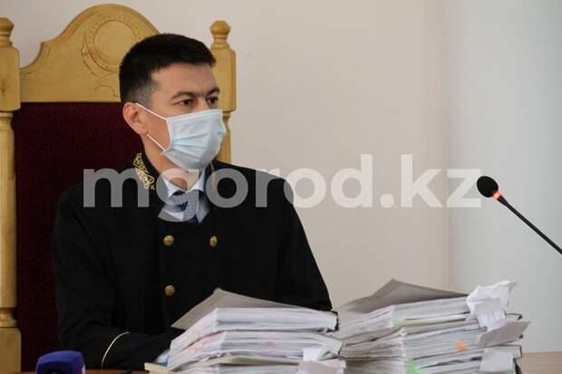 Обвиняемые в изготовлении синтетических наркотиков попросили спуститься с Олимпа главного полицейского ЗКО