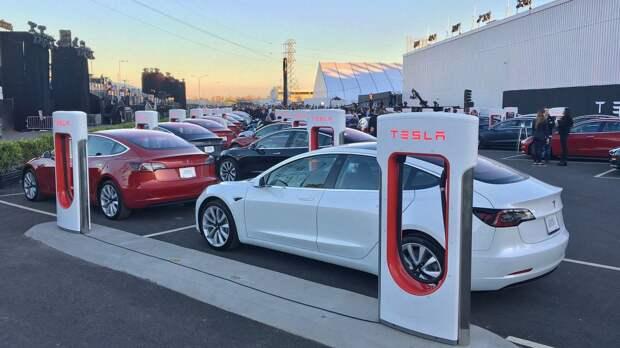 Tesla устроила смертельное ДТП в штате Калифорния