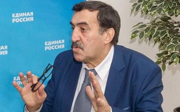 «С мыслями о России»: эксперт о целях обострения конфликта в Карабахе