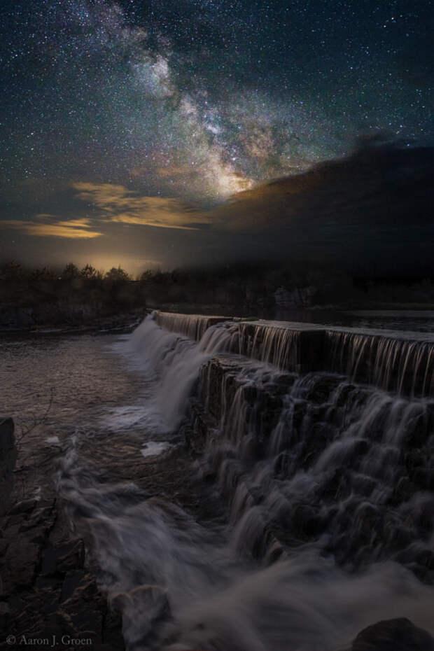 Waterfall Dreamscape by Aaron Groen on 500px