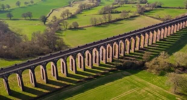 Как строили самый большой в мире кирпичный мост