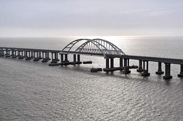 Крымскому мосту — три года