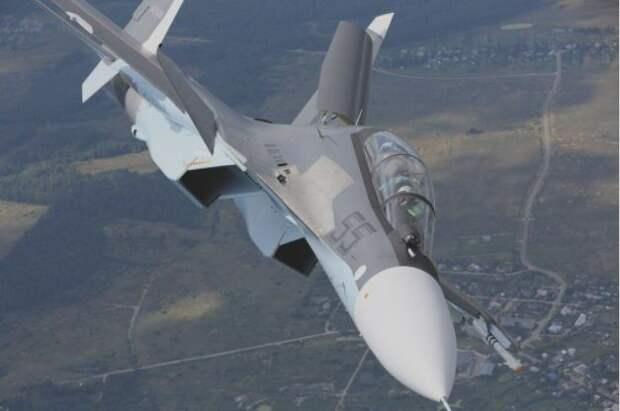 Истребитель потерпел крушение при проведении тренировочных полетов в Балхаше