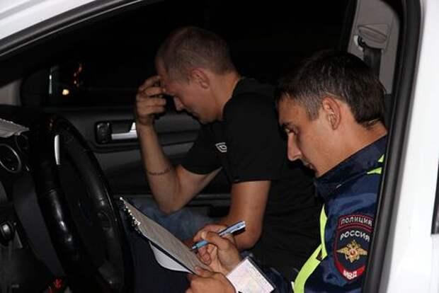 Лишенный прав кемеровчанин «вешал» штрафы ГИБДД на жителя Лондона