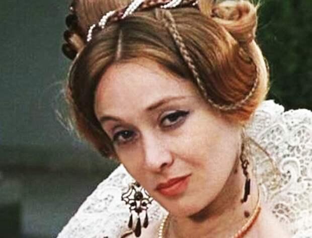 Маргарита Терехова – «черный ящичек с секретами»: что заставило актрису отказаться от театра и кино