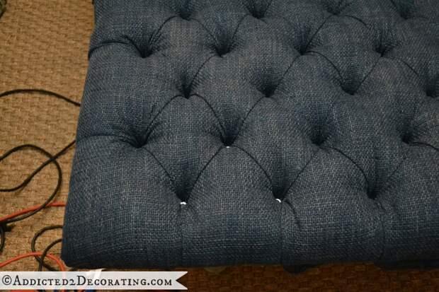 Как сделать мягкое изголовье, пуфик или спинку для стула (23) (700x467, 658Kb)
