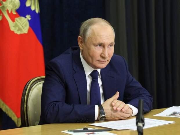 Путин дал два разных ордена Тамаре Москвиной и Вячеславу Колоскову за развитие спорта