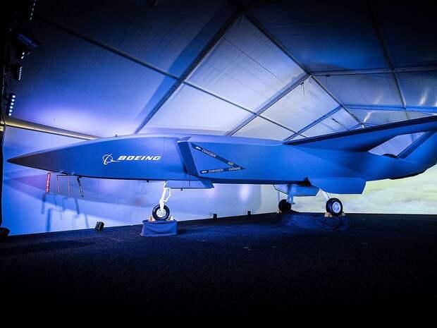 Avia.pro: Пентагон начал испытания ИИ Илона Маска на боевом дроне